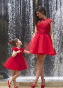 Новогоднее платье для девочки и мамы пышные
