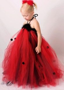 Украшение платья из фатина мехом