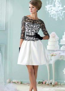 черное-белое платье из тафты с кружевом