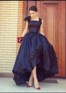 бальное платье из тафты