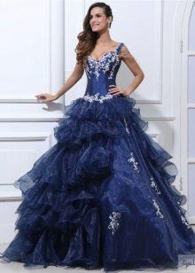 нежное пышное платье из тафты