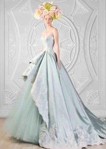 изыскаенное свадебное платье из тафты