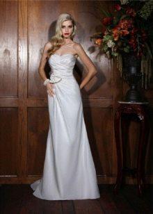 сдержанное свадебное платье из белой тафты