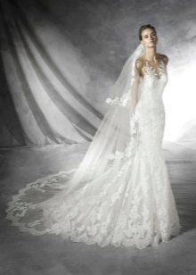 свадебное платье из тафты с открытытми плечами