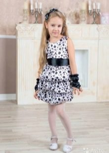 Праздничное короткое платье для девочки 5 лет