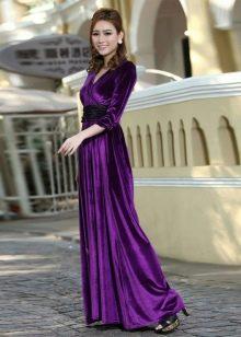 Платье из велюра макси