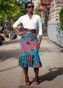 Длинная юбка годе с этническим принтом на лето