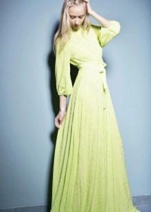 Салатовое платье для блондинок