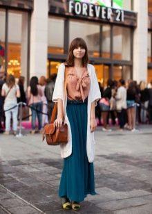 шифоновая юбка в еечернем образе