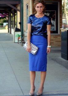 Синяя юбка карандаш для девушек с фигурой типа прямоугольник