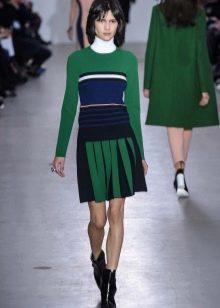 теплая черно-зеленая спортивная юбка