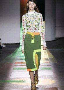 утепленная зеленая спортивная юбка