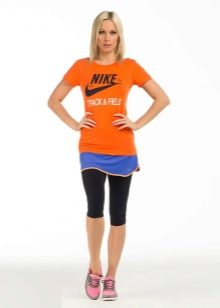короткая спортивная юбка