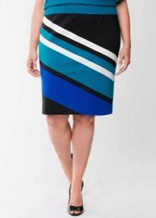 юбка-карандаш в косую полоску для полных женщин