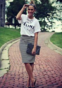 юбка карандаш с высокой талией в повседневном образе