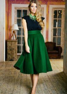 пышная зеленая юбка-солнце