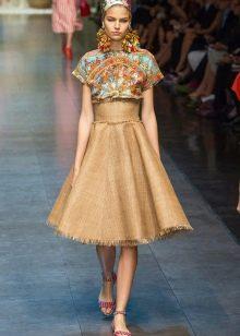 юбка-солнце с завышенной линией
