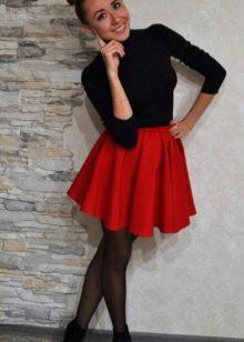 красная юбка-солнце