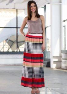 длинная юбка с полосами разных видов