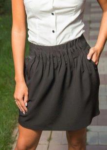 короткая юбка на резинке
