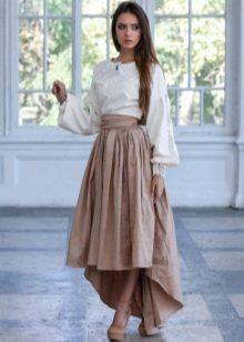 Юбка со шлейфом и белая рубашка