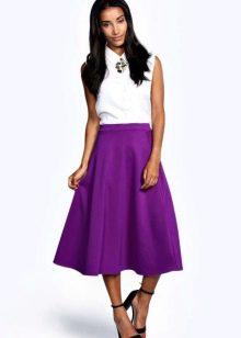 Сочетание фиолетовой юбке