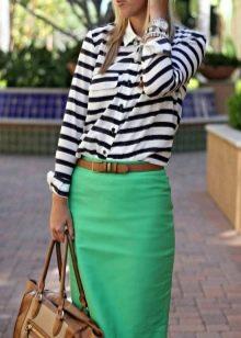 Блузки под зеленую юбку