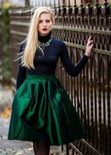 Сочетание юбки зеленый цвет