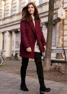 Модные бордовые пальто рекомендации