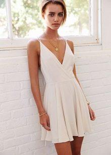 Фасоны платьев для летнего отдыха