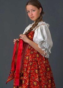 Женские платья: каталог стильных платьев для