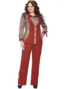 0e8e1cbf276 Более женственная модель – костюм с юбкой. Для полных женщин недопустима  короткая длина юбки