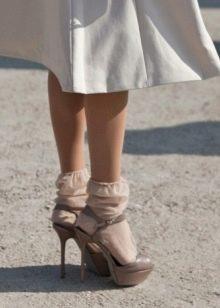 капроновые носки. фото