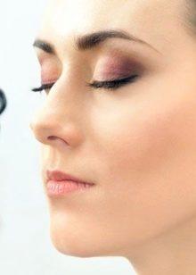 Глаза с опущенными уголками макияж