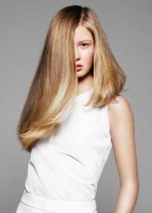 Ассиметричные прически на длинные волосы