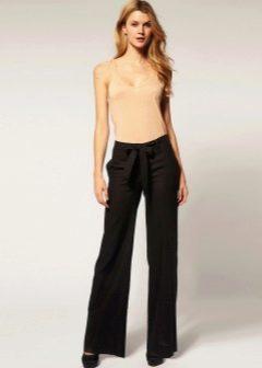 Женские льняные брюки: с чем носить, советы по уходу, модные фото | 336x240