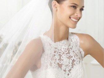 Свадебное платье с объемным кружевом
