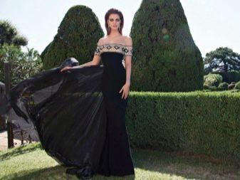 Вечернее платье от Tarik Ediz с приспущенными рукавами