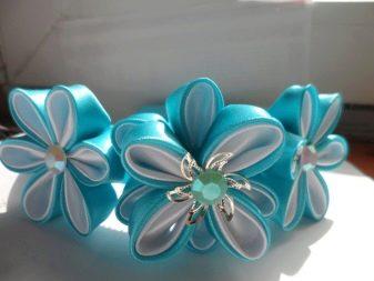 Пример цветков из лент казанши