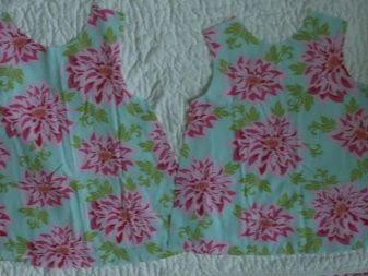 Раскроеные детали платья для девочки 1-3 года