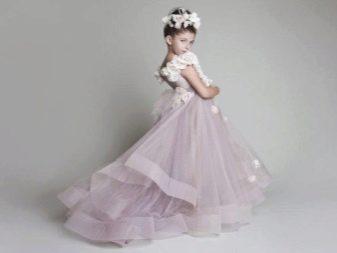 Шикарное  свадебное пышное платье со шлейфом для девочки