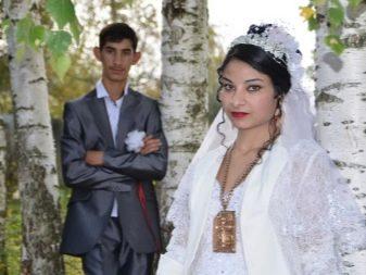 nevesti-otdayutsya-pryamo-na-svadbe-foto-pikap-pohozhdeniya-erika