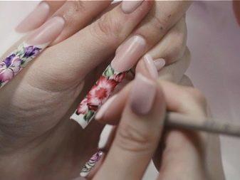 osobennosti-akvarelnoj-rospisi-nogtej-16 Самый красивый дизайн ногтей: 100 ЛУЧШИХ идей и трендов на фото