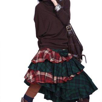 контрастная юбка с ассиметричными воланами