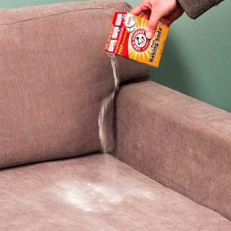 Чем отмыть засаленную мебель