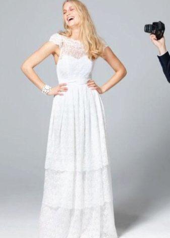 Ажурное свадебное платье с открытой спиной