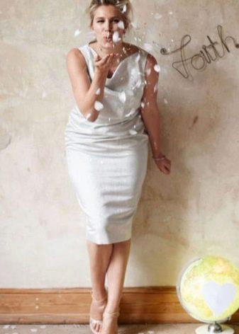 Платье свадебное со свободной горловиной