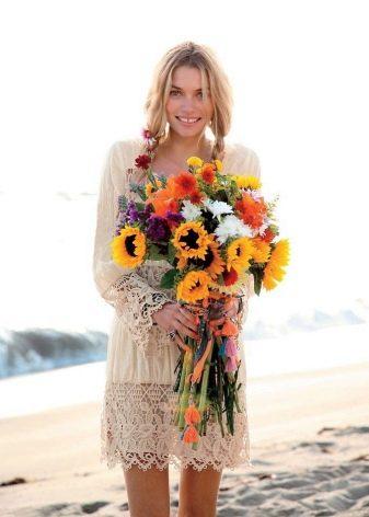 Платье в стиле цветочного бохо