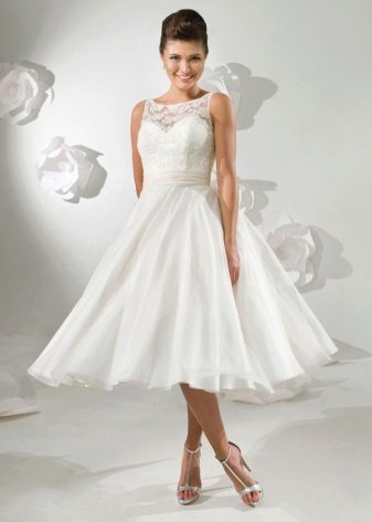 Свадебное платье в ретро стиле миди