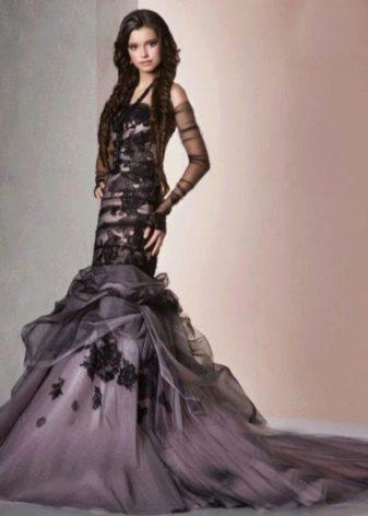 Свадебное платье цвета баклажан